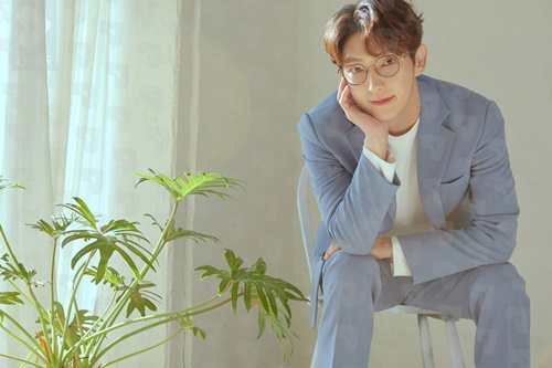 [LEE JOON GI] 2020 Season's Greetings 이준기 No.02